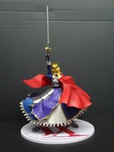 アニバーサリーの特別仕様!「一番くじプレミアム Fateシリーズ 10周年記念第二弾 セイバーSpecial A賞 -誇り高き騎士王- セイバー プレミアムフィギュア」買取りました!
