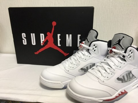 Supreme×NIKE AIR JORDAN 5 RETRO 買取致しました!!