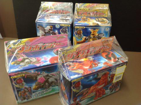 「宇宙戦隊キュウレンジャー玩具各種」買取ました!