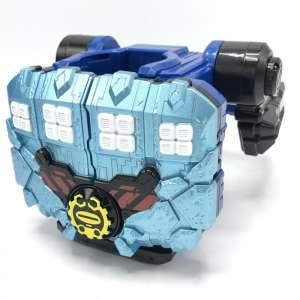 仮面ライダービルド DXグリスブリザードナックル 買取しました!