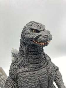 ゴジラ(1992) 「ゴジラ」 東宝30cmシリーズ 酒井ゆうじ造形コレクション PVC製塗装済み完成品(一部組立式) 買取しました!