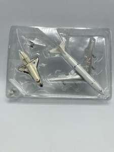 1500 ヘルパ herpa NASA スペースシャトル SPACE SHUTTLE ディスカバリー Discovery (OV-103) & BOEING 747-100SCA 買取しました!