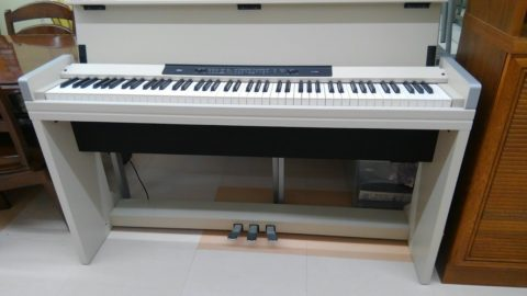 【KORG 電子ピアノ】を出張買取させて頂きました!!
